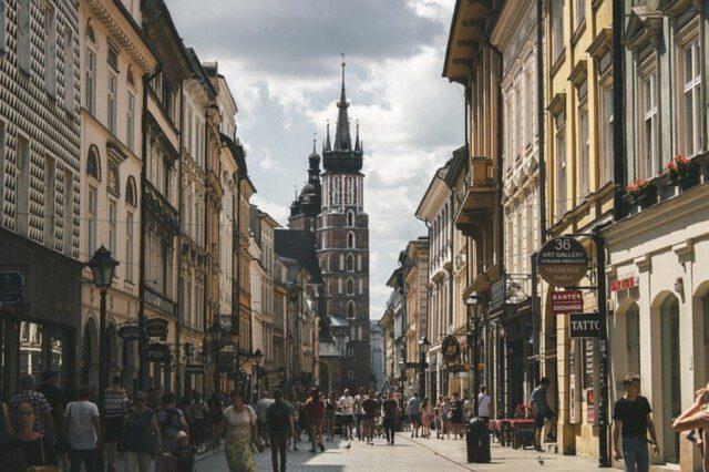jak znaleźć pracę w Krakowie